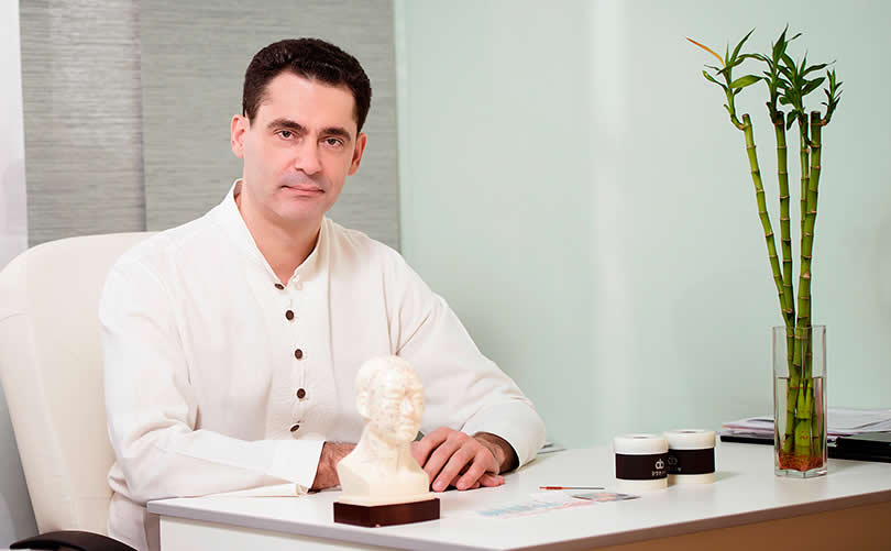 Dr Igor Roganin  at One&Only Reethi Rah  the spa