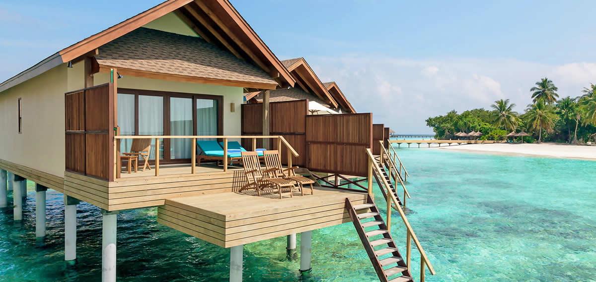 Experience World-class Service at Reethi Faru Resort