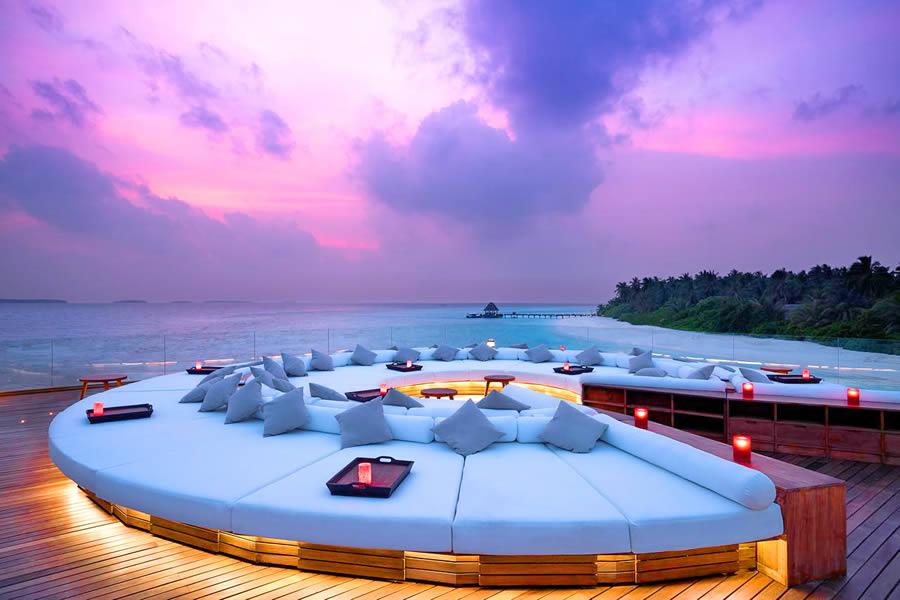 anantara maldives sky bar