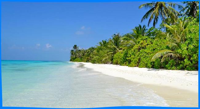 dhigurah's long beach