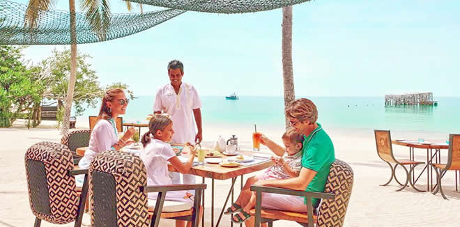 FAIRMONT MALDIVES OFFERS NEW MARINE-INSPIRED EXPERIENCES FOR FAMILIES