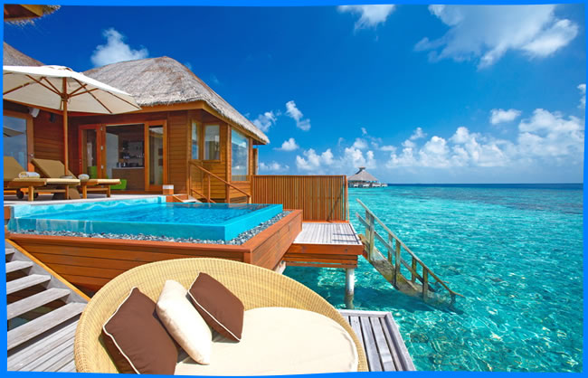Huvafen Fushi overwater bungalows with pool