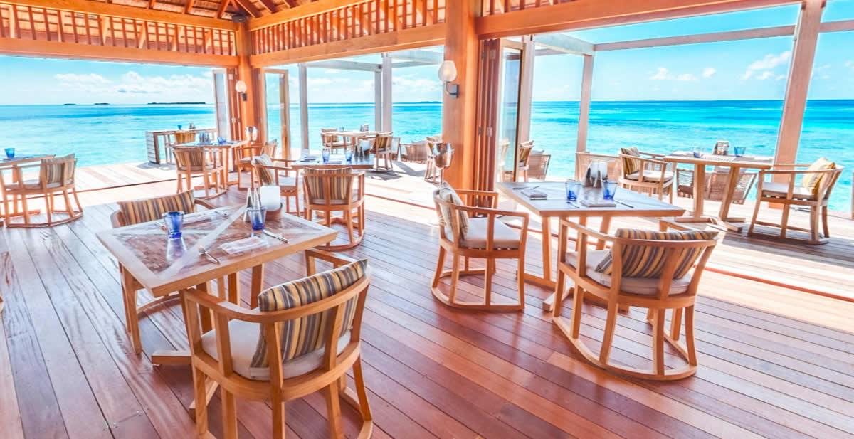 Kashibo Restaurant in Hurawalhi Island