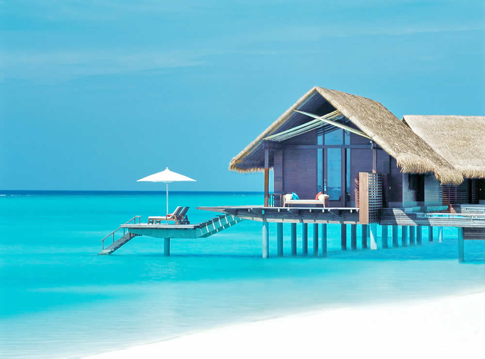 One & Only Reethi Rah is located in Maldives' North Male Atoll. This luxurious tropical getaway overlooks the Indian Ocean and offers an infinity pool, free Wi-Fi and a peaceful private beach.