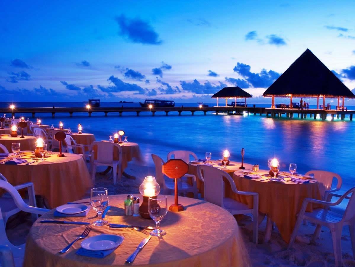 Sun Aqua Iru Vel fine dining options