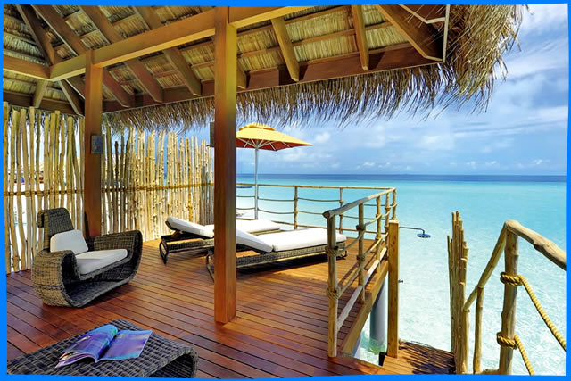 Featuring uninterrupted views of the Indian Ocean from private sun decks, each air-conditioned villa features designer furniture, an iPod dock and flat-screen TV. Villas provide luxury and convenience with a minibar and tea/coffee making facilities.