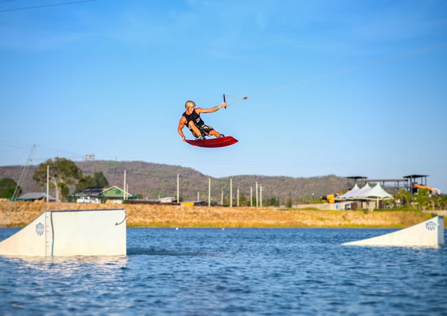 Black Mountain Wake Park в Хуахине