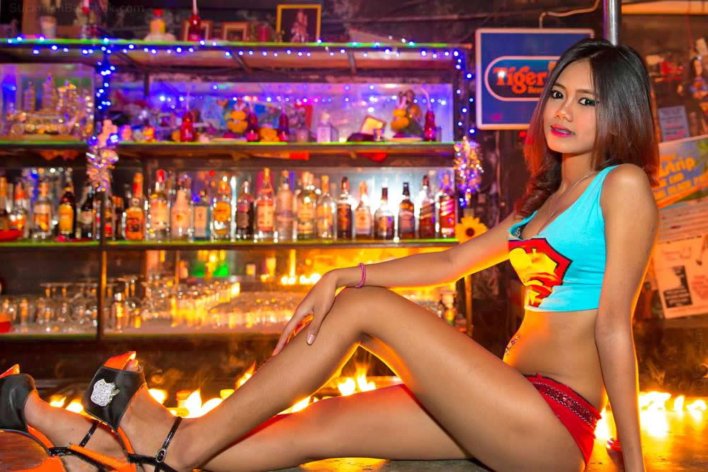 thai-bar-girl-tipsy