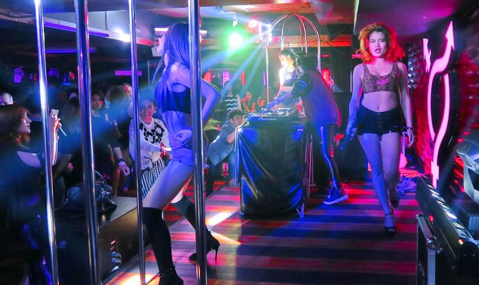 Ночные клубы рядом с концерт в клубе москва 19