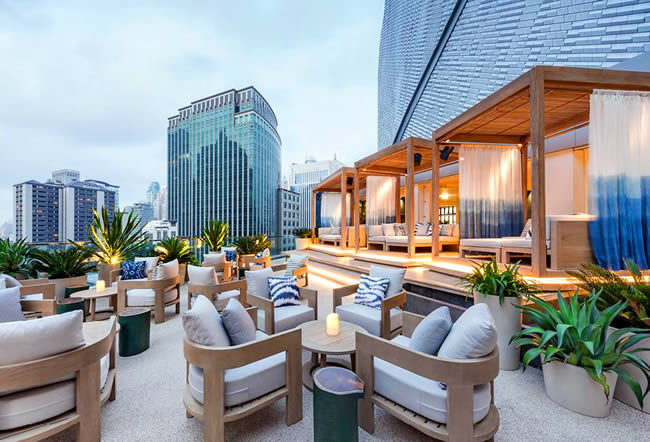 Siwilai City Club Bangkok - Коктейль Бар на Крыше в Central Embassy